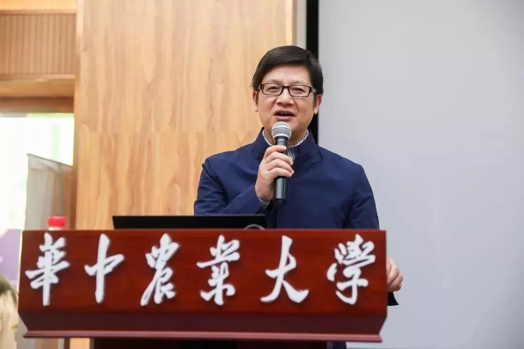 华中农大研究生院常务副院长兼任食科院院长李斌